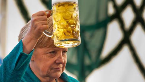 Bierzeltauftritt Kanzlerin Angela Merkel